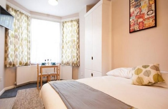 Guest Houses and BEd and Breakfast in North London